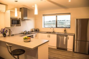 Tekapo-Luxury-Apartments-Lake-Tekapo-full-kitchen-View